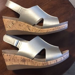 Wear Ever gold wedge sandals Size 9